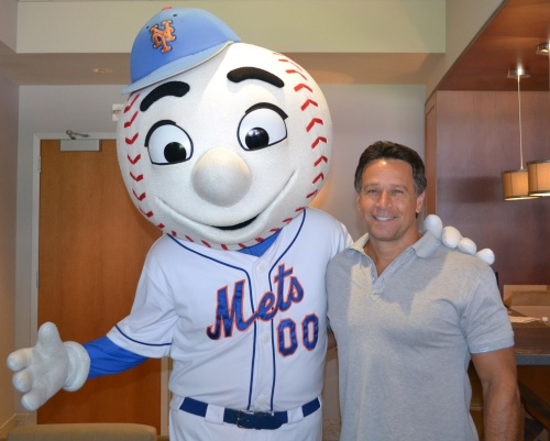 Bobby and Mr Met